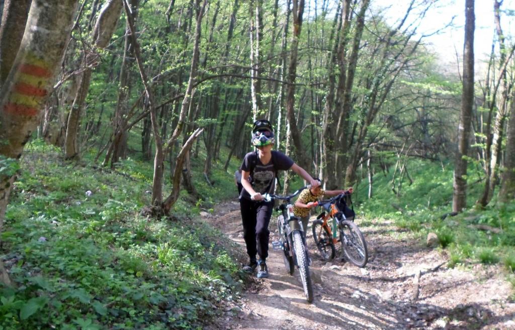 С велосипед към хижа Младост